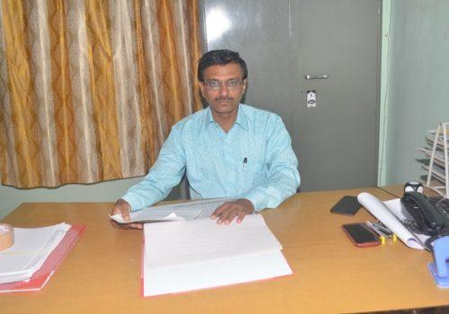 2..Prof. R.P. Narkhede